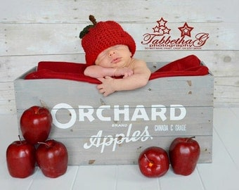 Newborn Crochet Apple Hat, Baby Girl Apple Hat, Baby Boy Apple Hat, Apple Hat