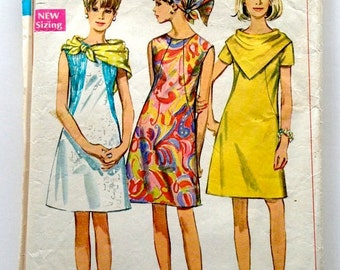 60s Simplicity 7469 Collarless Shift Dress with Scarf Size 14 Bust 36