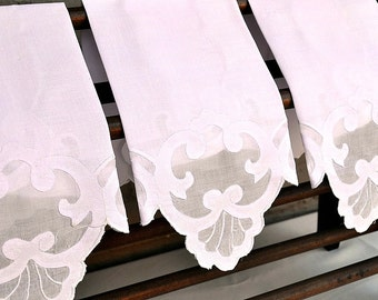 Vintage Guest Towel, Pale Pink Linen, All Scalloped Edges, Applique & Embroidery Motif, Several Available, Excellent Condition