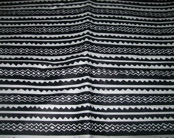 Black and White Tribal Print fabric from Mali, per yard/ African quilt fabric/ African clothing/ African craft fabric