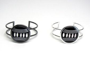 Black & White Carved Wrist Cuff