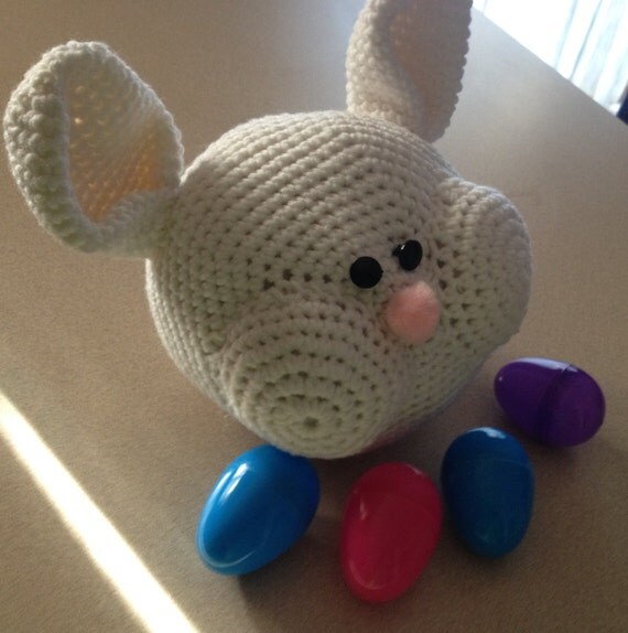 Close Amigurumi Ball : Items similar to Amigurumi Crochet Bunny Ball PDF Pattern ...