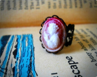 OREN ISHI-Vintage Geisha Cameo in Black  Lace Edge Setting and Filigree Ring
