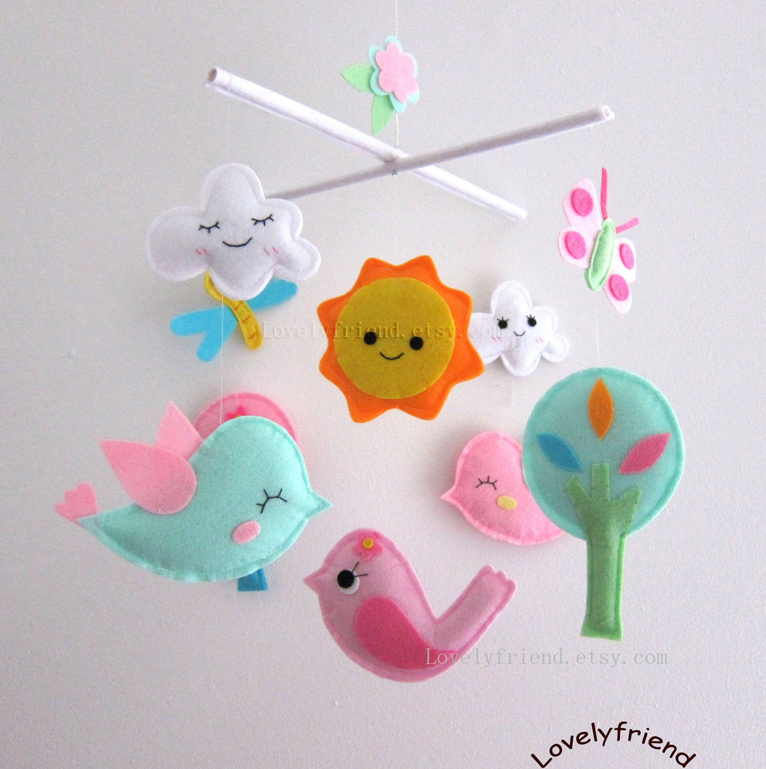 smiling birds in the sky baby mobile happy cloud crib. Black Bedroom Furniture Sets. Home Design Ideas