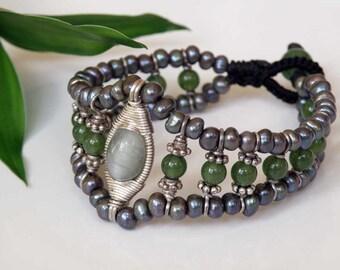 Grey Cat eye bracelet - Sterling silver - wire wrapped - round green Jade beads - grey Freshwater Pearls - macrame - Natural gemstones OOAK