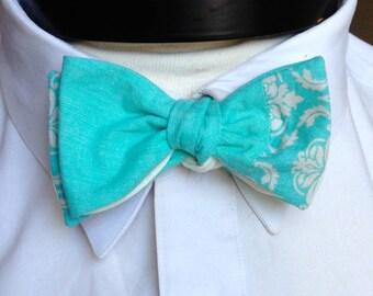 The Walt - Our Disney Inspired bowtie in Frozen colors (Elsa)