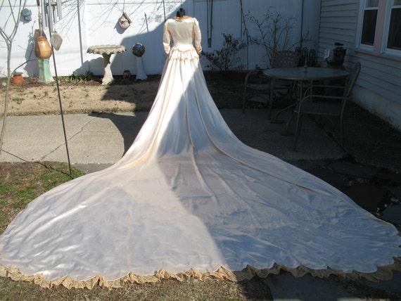 1940 s wedding dress very long train silk by susieqsvintageshop
