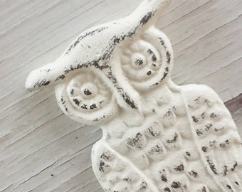 Cast Iron Owl Bottle Opener- Creamy White Figural Owl -Old World Decor-Beer Bottle Opener-Man Gift-Rustic Home Decor-Rustic Wedding Favors