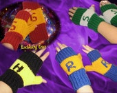 Knitted Fingerless Gloves choose 1- Gryffindor, Slytherin, Hufflepuff, Ravenclaw for Harry Potter Fans