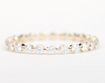 CERTIFIED - E-F, VVS-VS Diamond Wedding Band 14K Yellow Gold