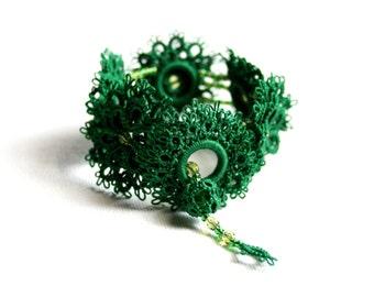 Green Forest Emerald Cuff Bracelet Tatting Lace Beaded