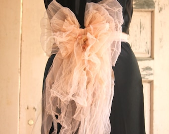 romantic bow peach color for your belt or fancy pin