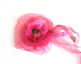 Corsage Bridal flower brooch old rose pink tulle romantic Dior Luxury handmade wedding