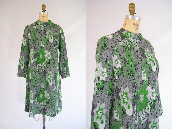 Vintage 1960s Mod Dress / Green and Grey Floral / Long Sleeves / Large / XL