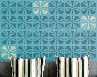 Geometric Square Flower Wall Stencil for Wallpaper Look