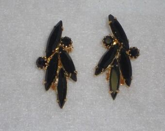 Vintage Black Rhinestone Hollywood Regency Clip on Earrings