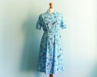 Vintage Blue Dress Floral / Day Dress / Shirtdress / Buttoned top / Short Sleeve Dress / Midi Long / medium