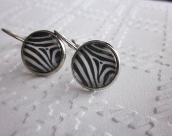 Petites merveilles motif zébré // Cute  glass cabochon  zebra pattern (BO-555)