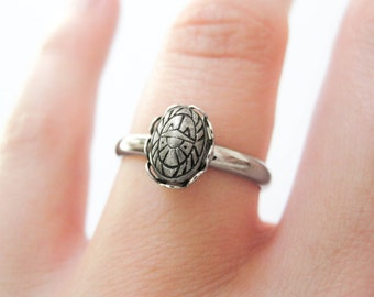 Tiny Scarab Ring - Vintage Pewter Scarab Cabochon - Adjustable Ring - Scarab Jewelry - Stacking Rings - Good Luck Jewelry - Insect