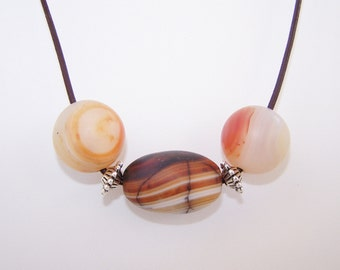 Chunky glass beaded leather necklace