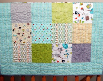 """30% SALE Riley Blake Life in the Jungle Baby or Toddler Boy Quilt ---39"""" x 46"""""""