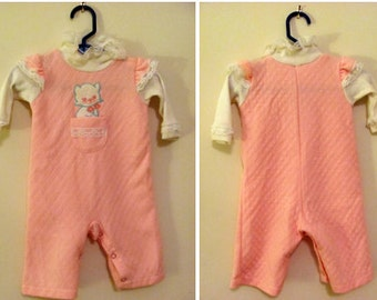 Vintage (1970's) Bubblegum Pink Kitty Cat Long Sleeve One Piece Baby Girl Romper