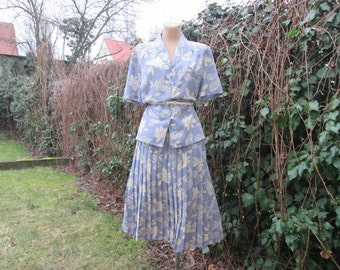 Skirt Suit Vintage / Two Piece Skirt Suit / EUR 42 / UK14 / Gray / Ivory