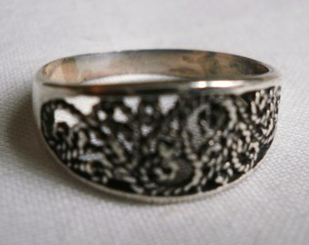 Sterling Silver Filigree Ring-Size 7 1/4