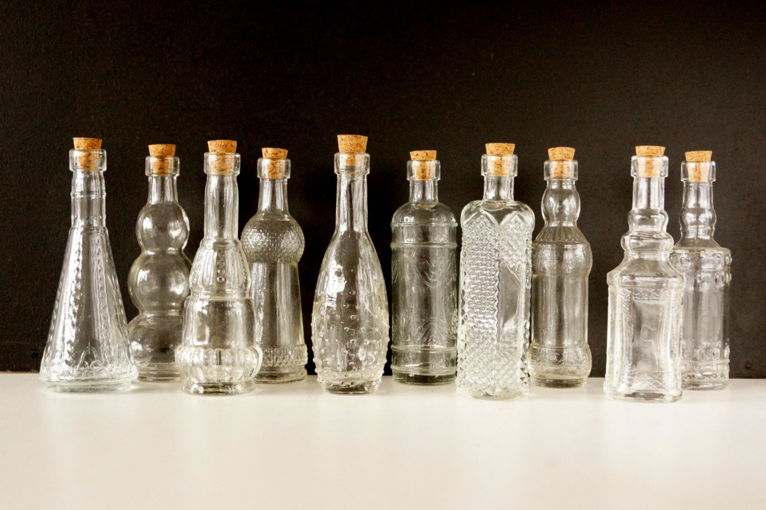 Decorative clear glass bottles with corks 5 tall set for Decorative vials