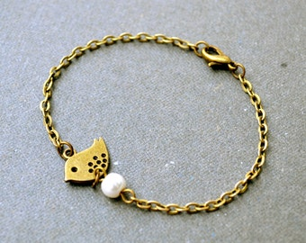 Cyber Monday sale Dainty Bird bracelet bronze bird bracelet, bridesmaids bracelet bangle beadwork, chain charm boho friendship bracelet