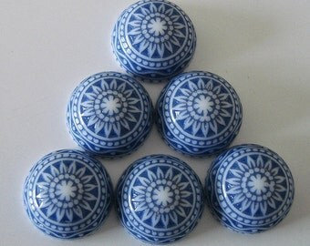 Vintage  Cabochons Etched Mosaic  White and Blue 12mm.