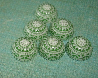 Vintage  Cabochons Etched Mosaic White and Green 10mm.