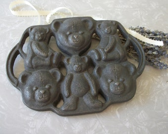 Vintage Cast Iron Teddy Bear Mold Multiple Bears on One Mold with Handles