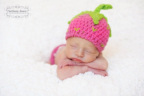 CROCHET PATTERN Strawberry Shortcake Beanie & Leg Warmers (4 sizes included) Instant Download