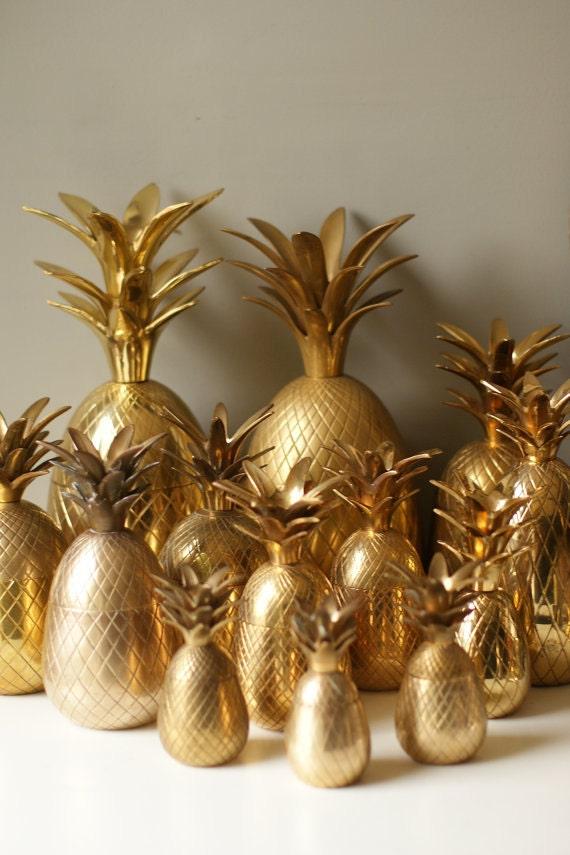 Valentines Day Sale Large 8.5 Inch Brass Pineapple Bucket. Piña de Oro. Bar Cart Madmen ANANAS Champagne Bucket. Brass Box
