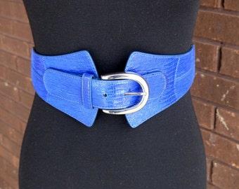 Vintage 80s Belt / Wide Obi style Belt / Purple Blue Stretch Reptile Snakeskin / Vegan Belt for Shirt Tunic Dress Skirt  Silver Hardware M L