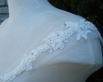 Straps cap sleeves Ivory Lace on tulle (Haley) with crystals embellishment, PRETTY !! Detachable