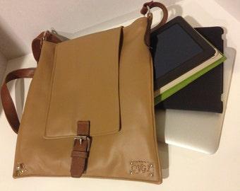 Laptop Folder Bag, Tan, Camel, Natural, Adjustable Shoulder Strap, Fleece Lined, Magnetic Closure