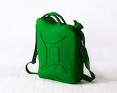 Gas Can Bag Green Petrol/Gasoline Laptop Felt Bag Geekery