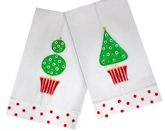 Christmas Topiary Linen Guest Towels