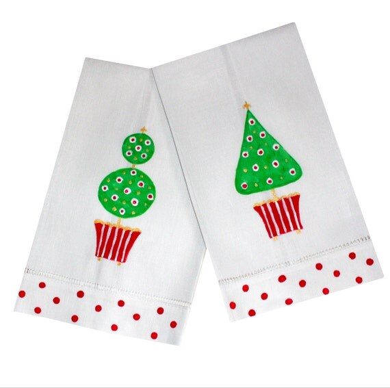 Guest Towels Linen: Christmas Topiary Linen Guest Towels