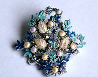 Vintage Retro Brooch, Gorgeous Design, Excellent Condition, Great Accessory