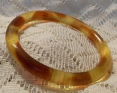 Vintage Apple Juice Bakelite Bangle Bracelet