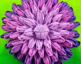 Dahlia Flower Pattern, Kanzashi Flower, Dinner Plate Dahlia, DIY fabric flower tutorial, Fabric Origami, Fabric Dahlia, flower brooch