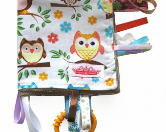 Taggy Snuggly MINI TAG TOY Blanket  . Baby Comforter  . Baby Shower Gift - Blue, Brown Hoot Owls - Gift Idea