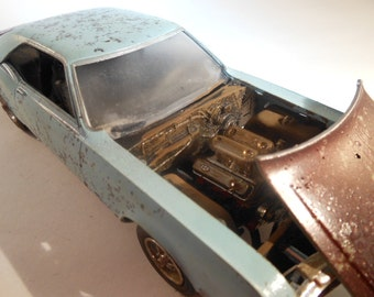 Scale Model Rusted Classicwrecks Buick Car