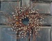 Christmas Wreath Gift - Rustic Door Wreath - Burgundy Ivory Pip Berry Rusty Tin Star Wreath - Primitive Wreaths - Winter Wreath - Red Berry