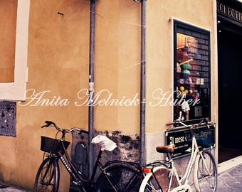 Bicycle Photography-Italy Photograph-bicicletta-Rome-Romantic-Cobblestone-Rustc-Shabby -Hipster- Dorm Decor-Italian Kitchen-Italian Bedroom
