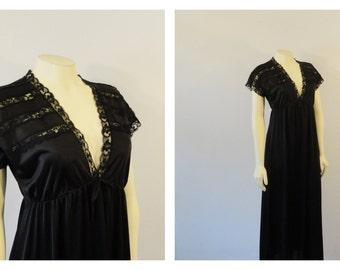 Vintage Nightgown 80s Jill Andrea Black Cap Sleeves Deep V Empire Waist Full Length Skirt small