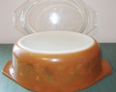 Vintage Pyrex Oval Casserole with Lid Early American Pattern Brown